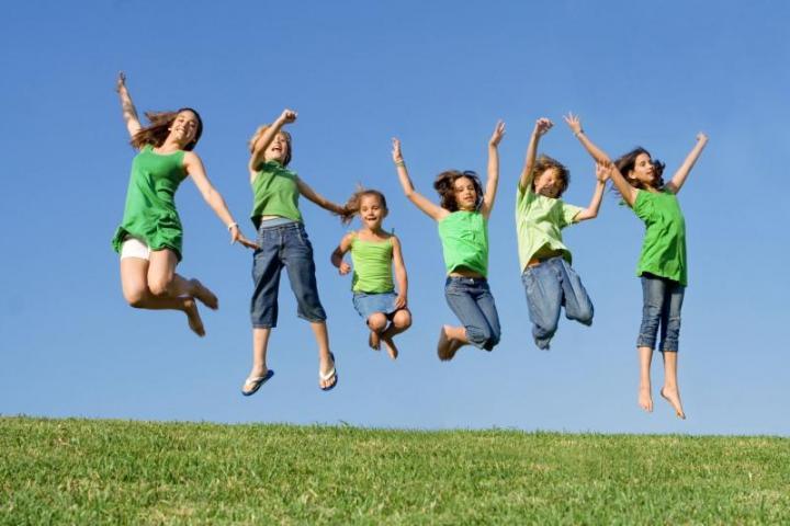 Ποιά είναι τα οφέλη της παιδικής κατασκήνωσης;