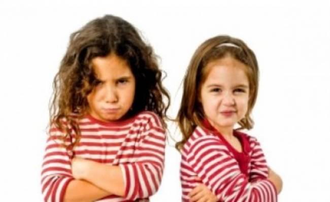 Πως να επεμβαίνετε στους τσακωμούς των παιδιών