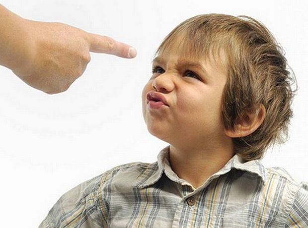Πότε πρέπει να αρχίσω να διδάσκω πειθαρχία στο μωρό μου;