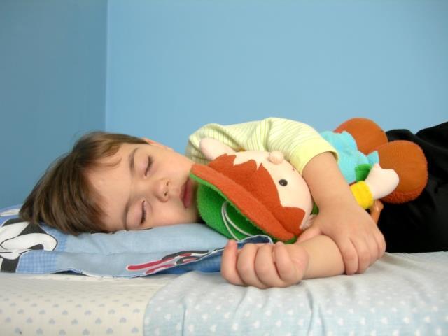 Γιατί ο μεσημεριανός ύπνος είναι απαραίτητος για τα παιδιά;