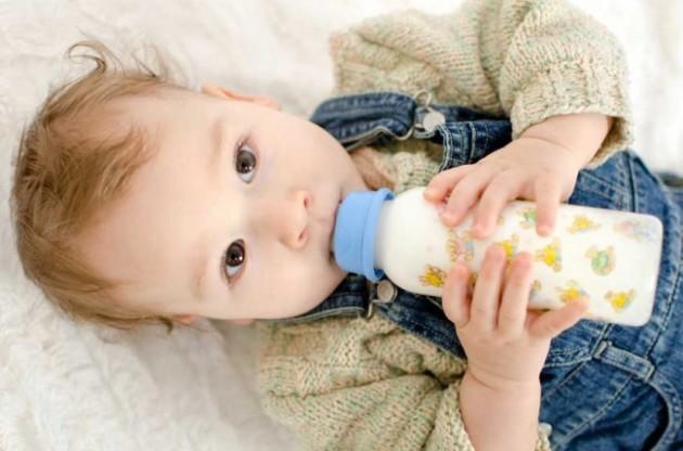 Βρεφικά και παιδικά γάλατα: πλήρης οδηγός