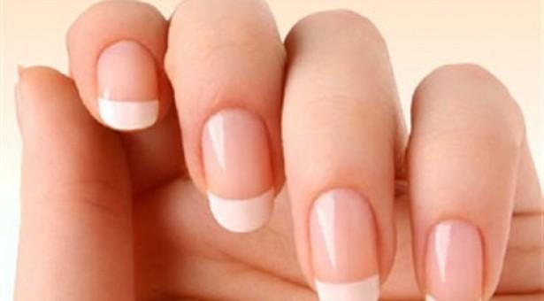 Tips: Δυσχρώμίες στα νύχια