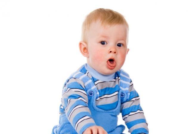 Πως να αντιμετωπίσουμε το βήχα που προκαλείται στα παιδιά μας μετά από κάποια λοίμωξη